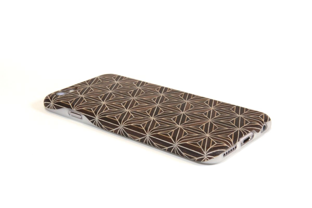iPhone6sジャケット 箱根寄木細工3「八重麻葉/黒」S